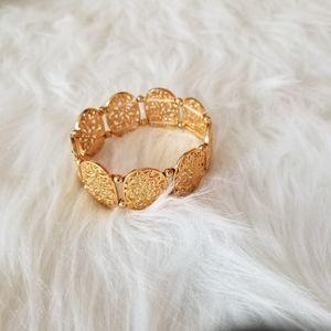 Paparazzi Gold Design Bracelet